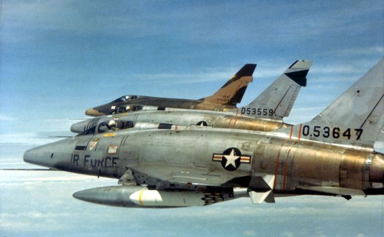 1280px-481st_Tactical_Fighter_Squadron_-_F-100D_Super_Sabre