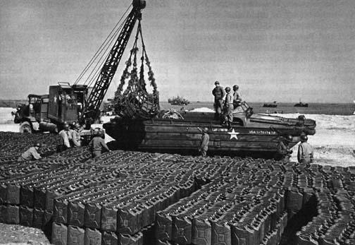 DUKW-and-crane-slapton-sands-1944