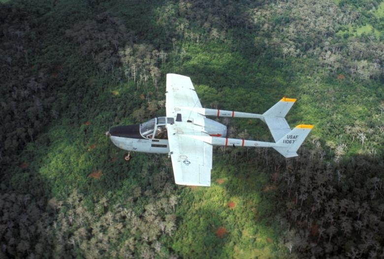 O-2A_over_Laos_1970