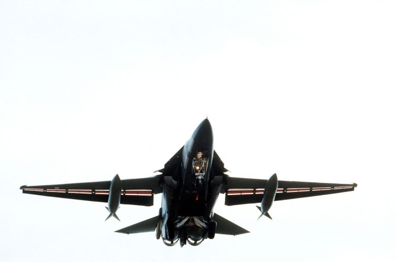 1280px-F-111C_taking_off_during_1984