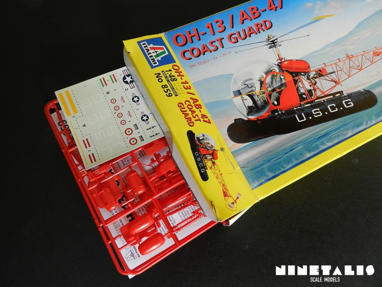 Unboxing the contents of the Italeri OH-13/AB-47 Coast Guard kit 859.
