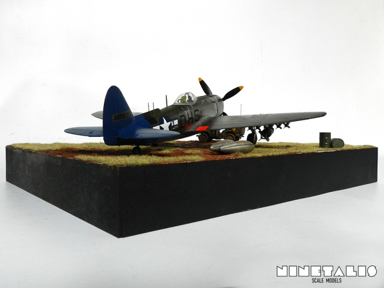 A look from behind at the P-47N diorama