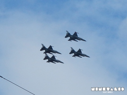 F16-fly-over