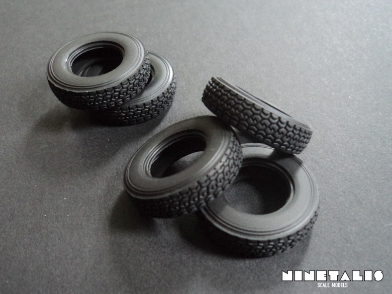 Pickup-ZPU2-rubberwheels2