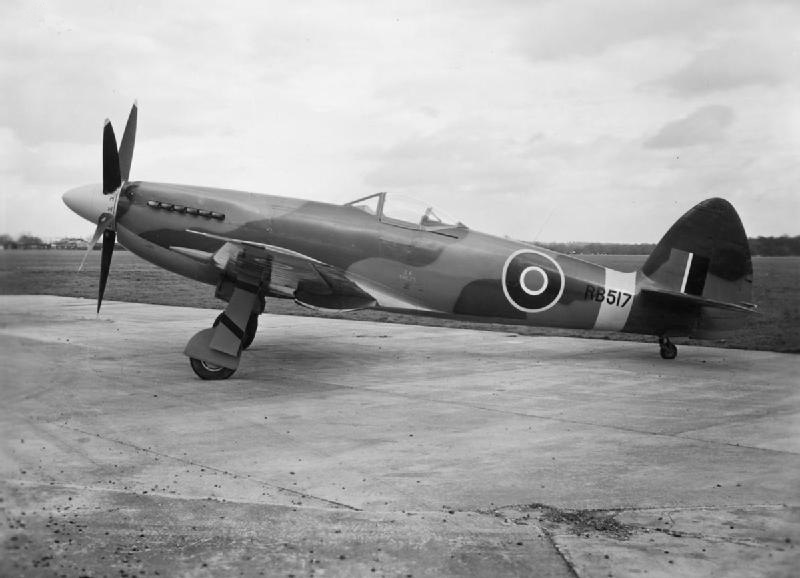 Supermarine_Spiteful_FXIV_side_view_c1945