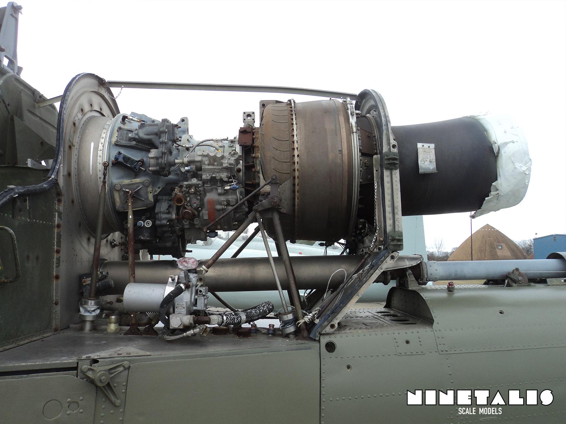 engine uh1