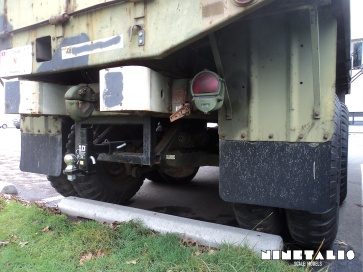 M-35-W-rightbacklow