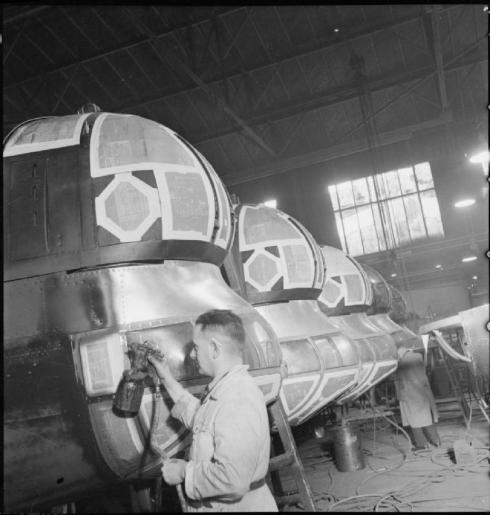 birth_of_a_bomber-_aircraft_production_in_britain_1942_d7100