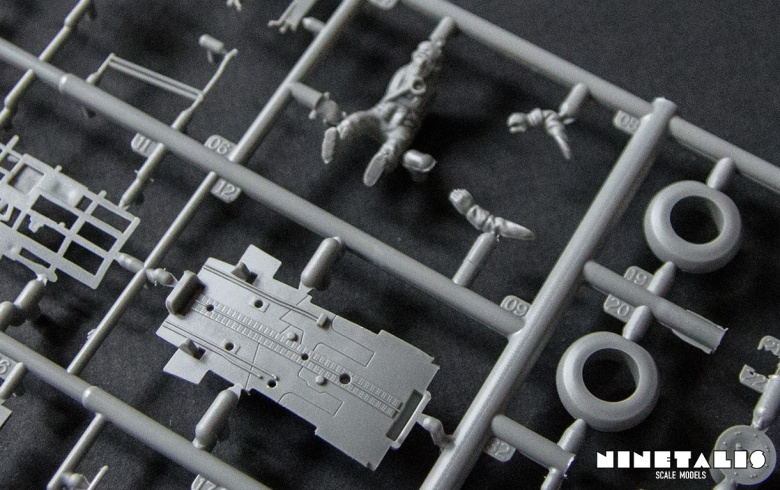 r-airfix-p40b-frameadetailbottom