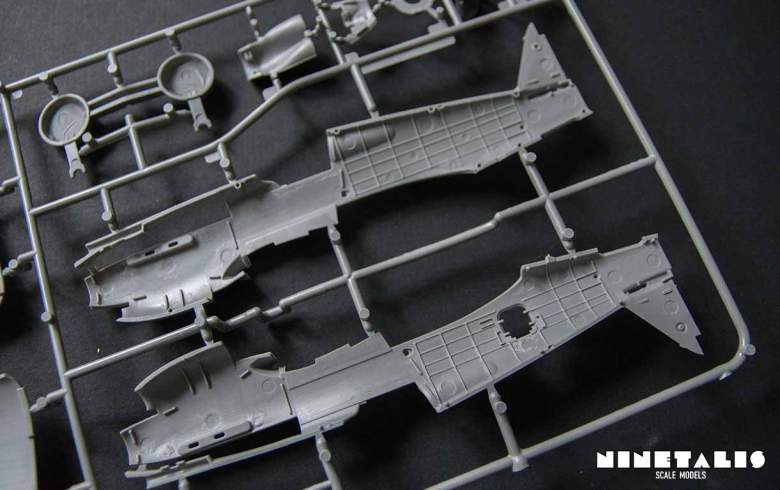 r-airfix-p40b-framebdetailbottom