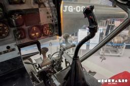w-h-21-cockpit2