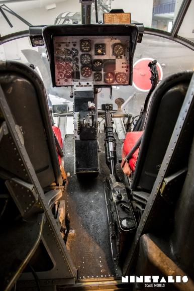 w-h-21-vertinstrumentpanel