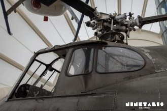 w-h19-leftcockpit-mainrotor