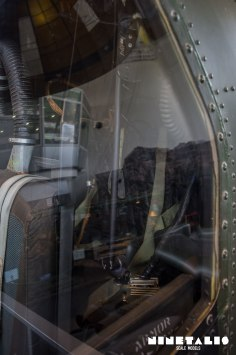 JGSDF-AH1S-W-CockpitbackVert