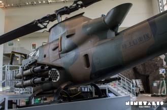 JGSDF-AH1S-W-leftweapons3back