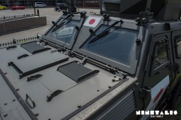 JGSDF-LV-W-hood1