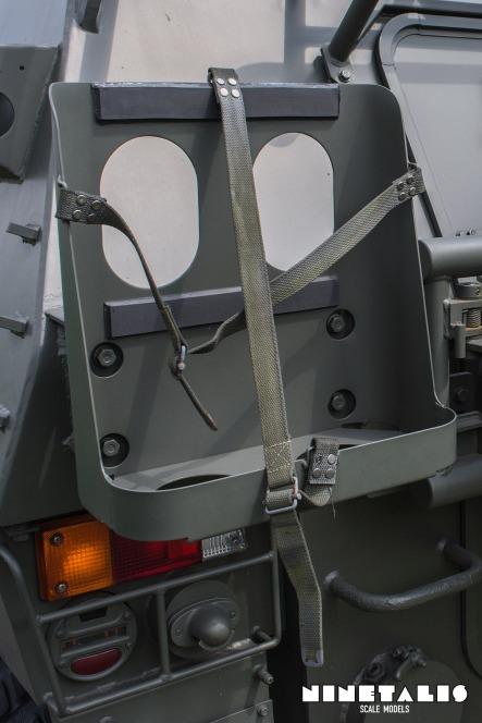 JGSDF-LV-W-Jerrycanvert