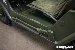 M151A1-W-axe