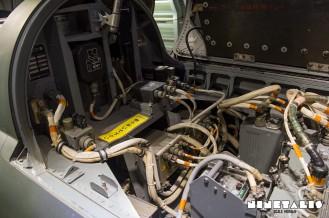 Mitsubishi-F1-W-avionics2