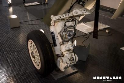 Mitsubishi-F1-W-Mainlandinggear2