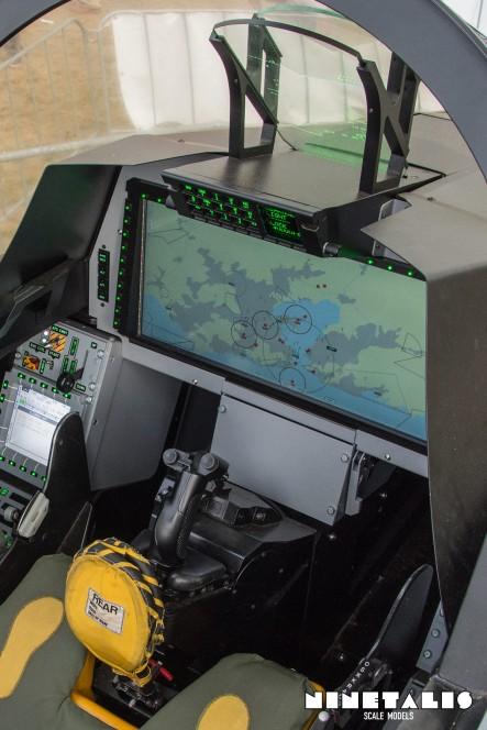 GripenEcockpit-instrumentpanelver