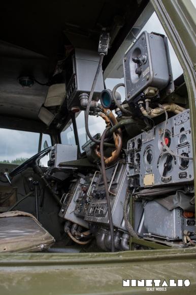 ZIL135-cabinvert2
