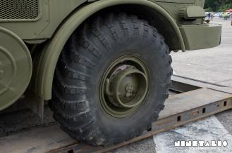 ZIL135-fronttire