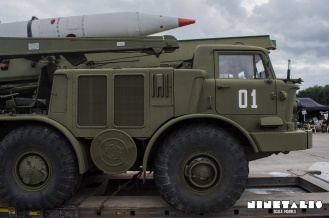 ZIL135-rightsidefront