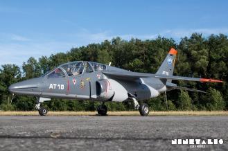 W-Alphajet-front