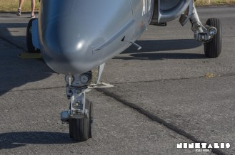 W-Alphajet-frontlandinggear