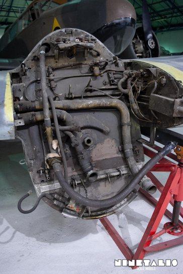 BF110-enginemountdetailvert2