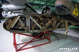 BF110-wingfueltankfull