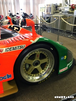 w-mazda787b-rightfrontwheel2